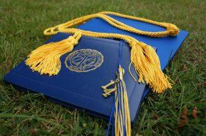 جامعة يني يوزيل في اسطنبول وأهم المميزات الدراسية 2022