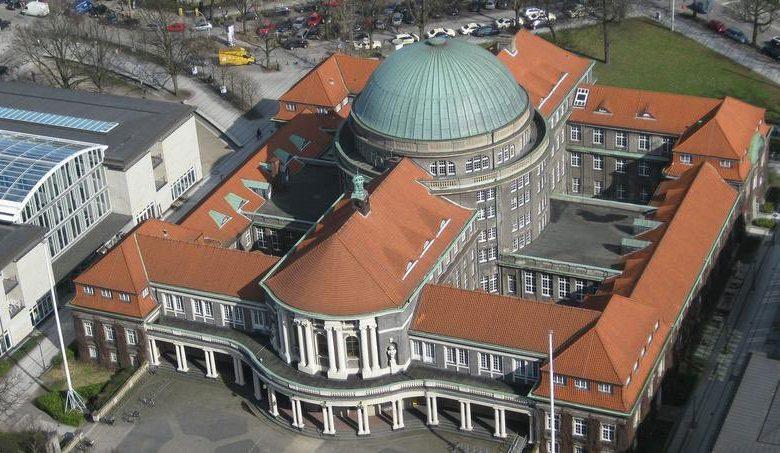 منح بكالوريوس ودراسات عليا في هامبورج بألمانيا لعام 2021 - 2022