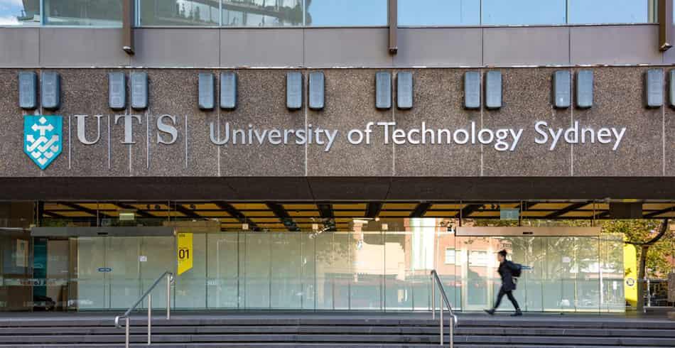 منحة جامعة سيدني للطلاب الدوليين لدراسة البكالوريوس 2022م