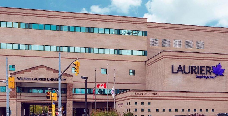 منحة البكالوريوس بجامعة ويلفريد لورير في كندا 2021م متطلباتها ورابط التقديم الرسمي